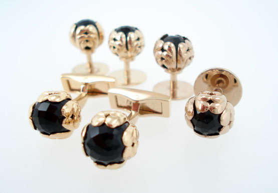 sterling black onyx ball stud set