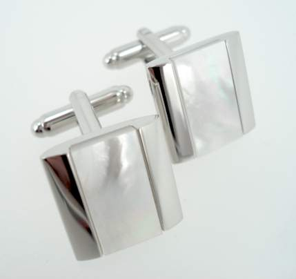 wd london pearl cufflinks